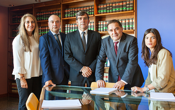Monguilod Team lawyers